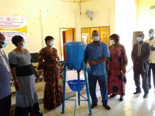 Handwashing device handed over in Banfora, Burkina Faso