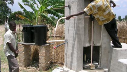 Rope pump in Zimbabwe